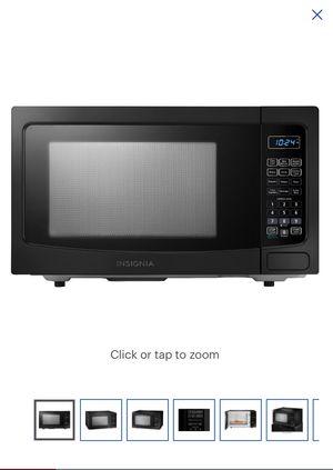 Insignia Microwave 1.1cu.ft. 1000W for Sale in Fresno, CA