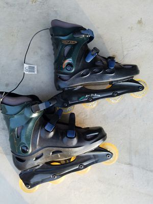 Rollerblade skates size 11new for Sale in Arlington Heights, IL