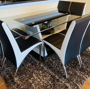 Dining table with 6 chairs for Sale in Alexandria, VA