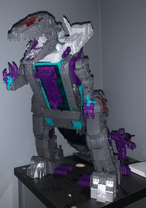 Transformers Return of the Titans Trypticon for Sale in Tullahoma, TN