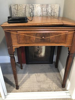 Sewing table for Sale in Alameda, CA