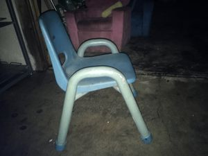 Small kids chairs for Sale in Los Angeles, CA