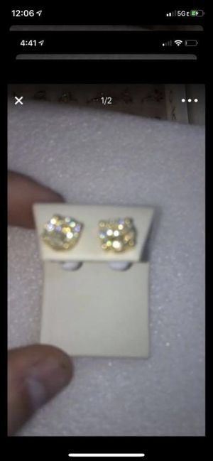 400$ today ! Diamond ear rings for Sale in Cypress, TX