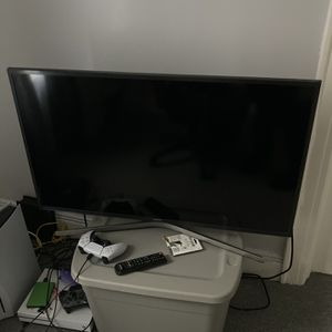 Samsung 45 inch 4K HDR TV for Sale in Queens, NY