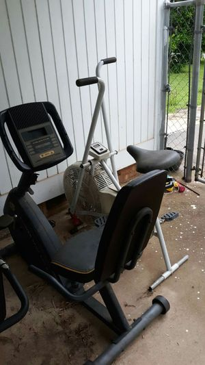WORK OUT EQUIPMENT FOR PARTS for Sale in Tyler, TX