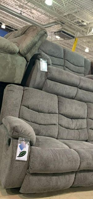 Gray Reclining living room set for Sale in Laurel, MD
