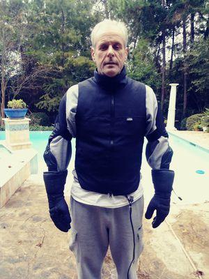 Widder 12v Motor Cycle Vest/Gloves for Sale in Spring, TX