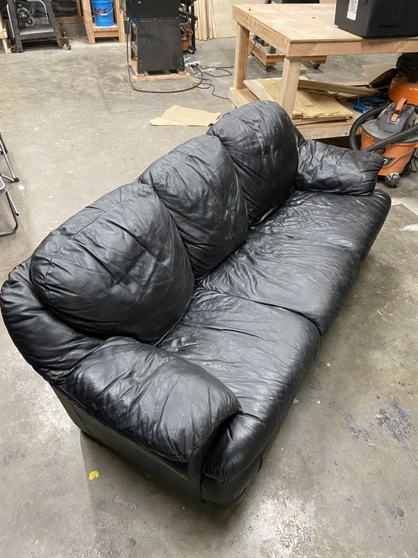 Free Leather Couch And Recliner