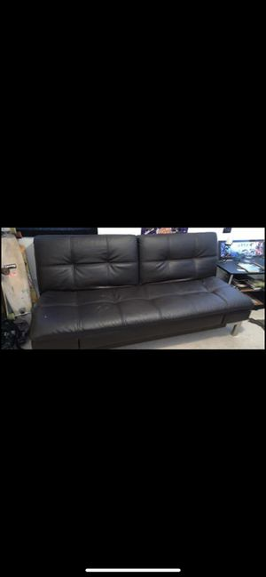 Brown futon for Sale in Menifee, CA
