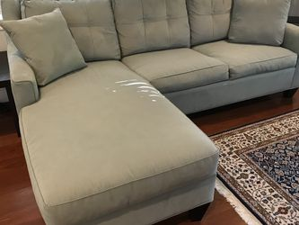 Sleeper Couch for Sale in Miami,  FL