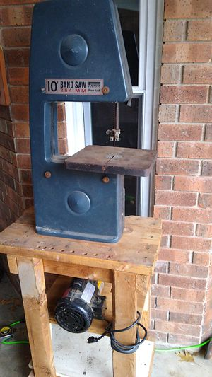 """Working 10"""" band saw for Sale in Saginaw, TX"""