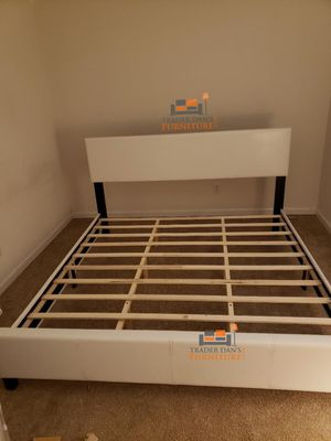 Brand new king size platform bed frame (also available in queen, full and twin) for Sale in Silver Spring, MD