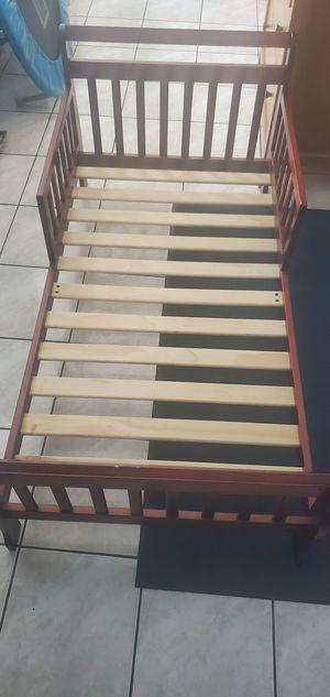 Cama pequeña for Sale in Fullerton, CA