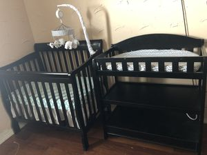 Baby lot crib, 2 car seats and more!! for Sale in Saginaw, TX