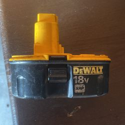 Dewalt 18v Battery for Sale in Acampo,  CA