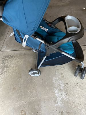 Cosco baby stroller for Sale in Garfield Heights, OH