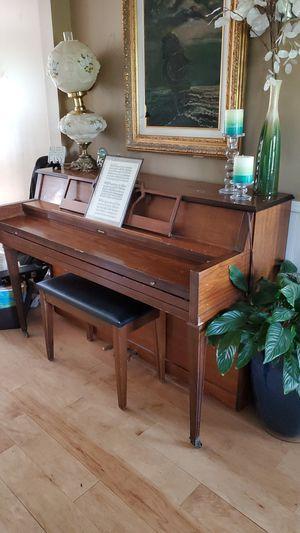 Grand piano for Sale in Mt. Juliet, TN