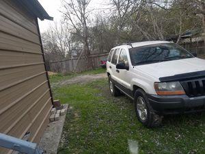 2001 grand Cherokee larado 4x4 for Sale in Cibolo, TX