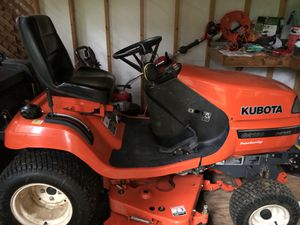 Kubota G2160 Lawn Tractor for Sale in Woodinville, WA