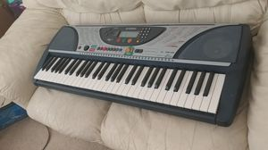 Omaha key board in excellent condition for Sale in Las Vegas, NV