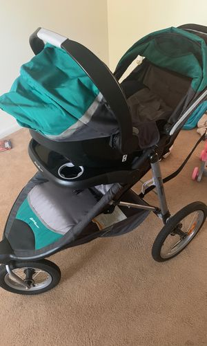 Eddie Bauer stroller and car seat for Sale in Wilmington, NC