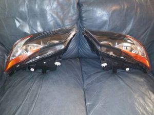 2006 BMW 325i headlights for Sale in Tampa, FL
