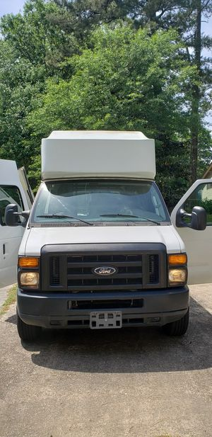 Ford e-350 super duty van for Sale in Riverdale, GA