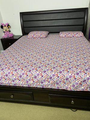 6-piece bedroom set for Sale in Decatur, GA