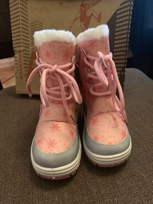 Toddler snow boots for Sale in Murrieta, CA