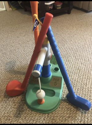 Little tykes 18th hole golf set for Sale in Menifee, CA