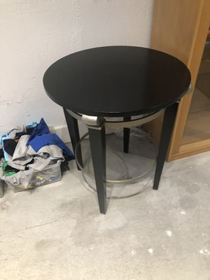 Ethan Allen side table for Sale in Los Angeles, CA