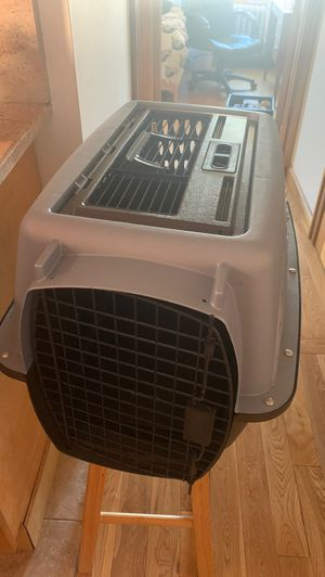 Hardbody animal carrier (pickup only) for Sale in Queens, NY