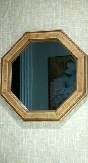 """Solid Wood Octagon Mirror 11""""x11"""" *PICKUP ONLY*- home decor, Wall art for Sale in Mesa, AZ"""