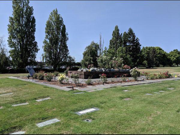 2 Cemetery Plots at Bonney Watson Washington Memorial Park