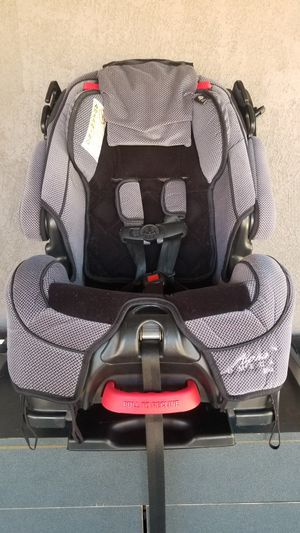 Alpha Omega lite Carseat/booster for Sale in Bassett, CA