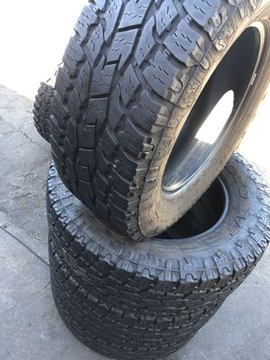 295/65R20 Toyo A/T tires (4 for $300) for Sale in Santa Fe Springs, CA