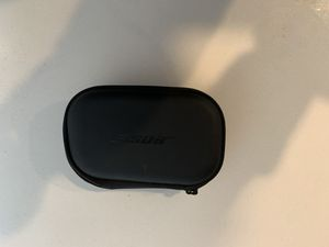 Bose chargeable headphone case for Sale in Boulder, CO