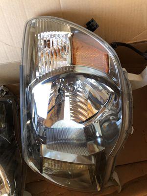 Toyota Tacoma 05-11 OEM headlights PAIR for Sale in Hemet, CA