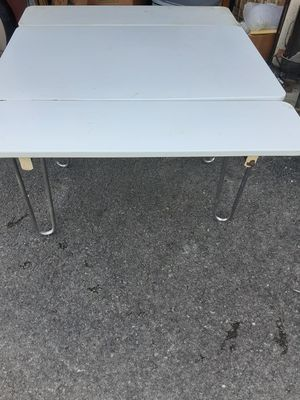 Vintage slide out Enamel table for Sale in Gallatin, TN