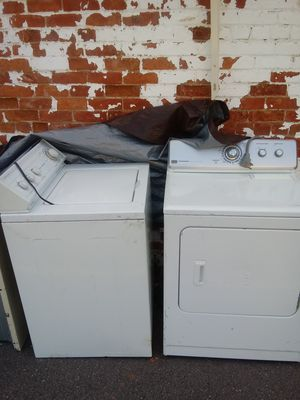 Washer and electric dryer in excellent working condition $250 obo for Sale in Detroit, MI
