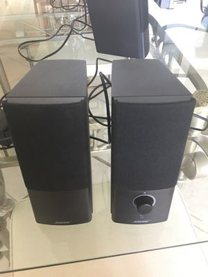 2 Bose computer/ console speakers like new.They don't come with speakers wires. for Sale in Aventura, FL