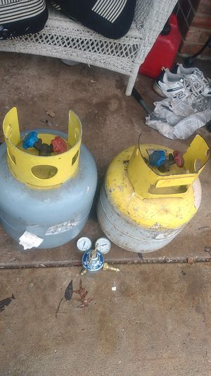 2 Freon Tanks Filled. with gauges for Sale in Arlington, TX