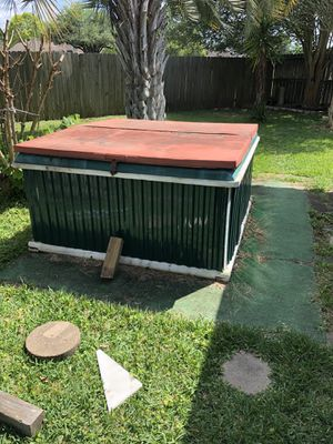 Hot Tub for Sale in Pasadena, TX