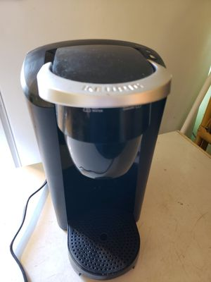 Keurig coffee maker for Sale in NEW KENSINGTN, PA