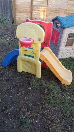 Toddler slide w/ basketball hoop NO BASKETBALL for Sale in Spokane, WA