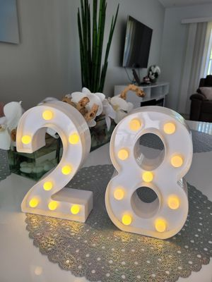 Lighting number 2 and 8 for Sale in Miami, FL