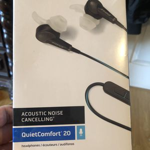 BOSE Acoustic noise canceling quiet comfort 20 for APPLE brand new sealed 100$$$ for Sale in Chula Vista, CA