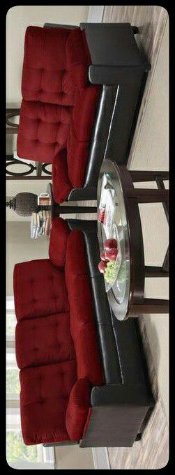 ✔SET✔ Merdo Burgundy Microfiber Sofa & Loveseat for Sale in Brentwood, MD