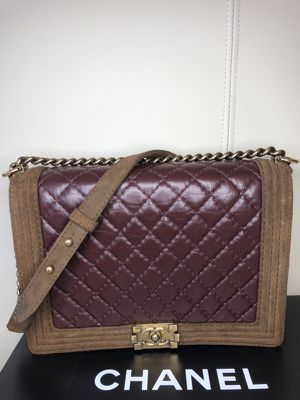 Authentic Chanel boy flap bag for Sale in Atlanta, GA