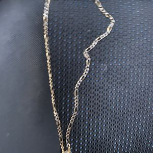 14 K Chain Yellow And White Gold 15 Grams for Sale in Alexandria, VA